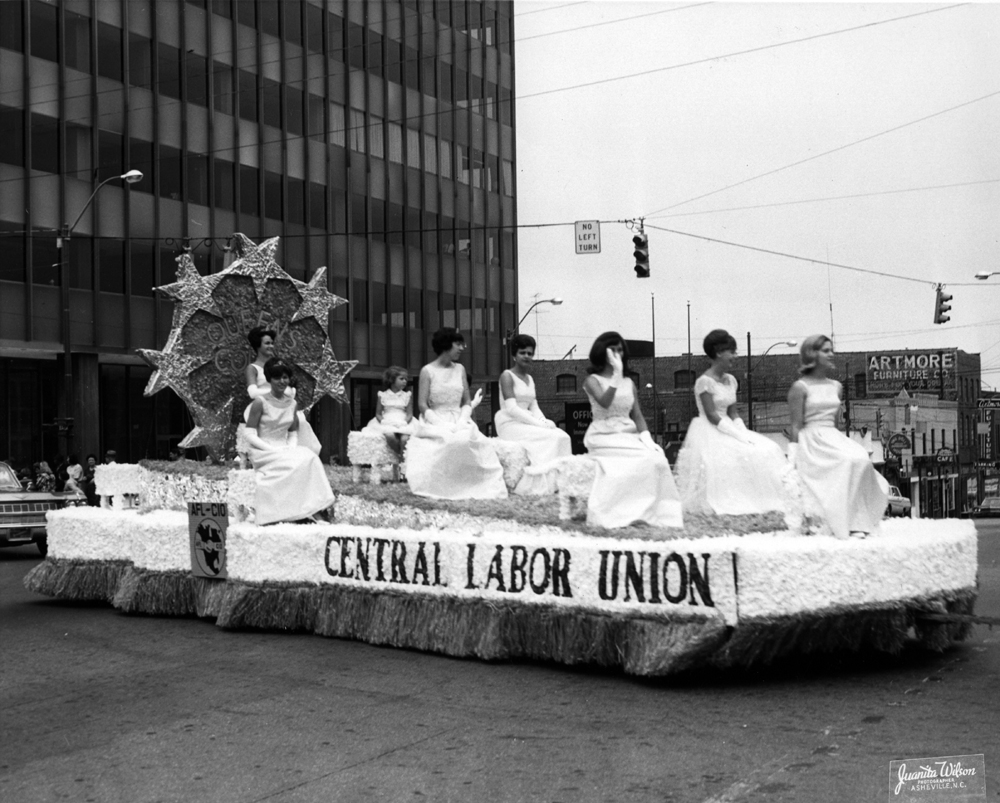 the labor union essay Labor unions have served as a defining factor to american society for almost 150 years they had their rise to power, their peak, and.