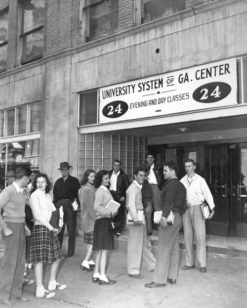 Students in the 1950s in front of the University System of Georgia Center