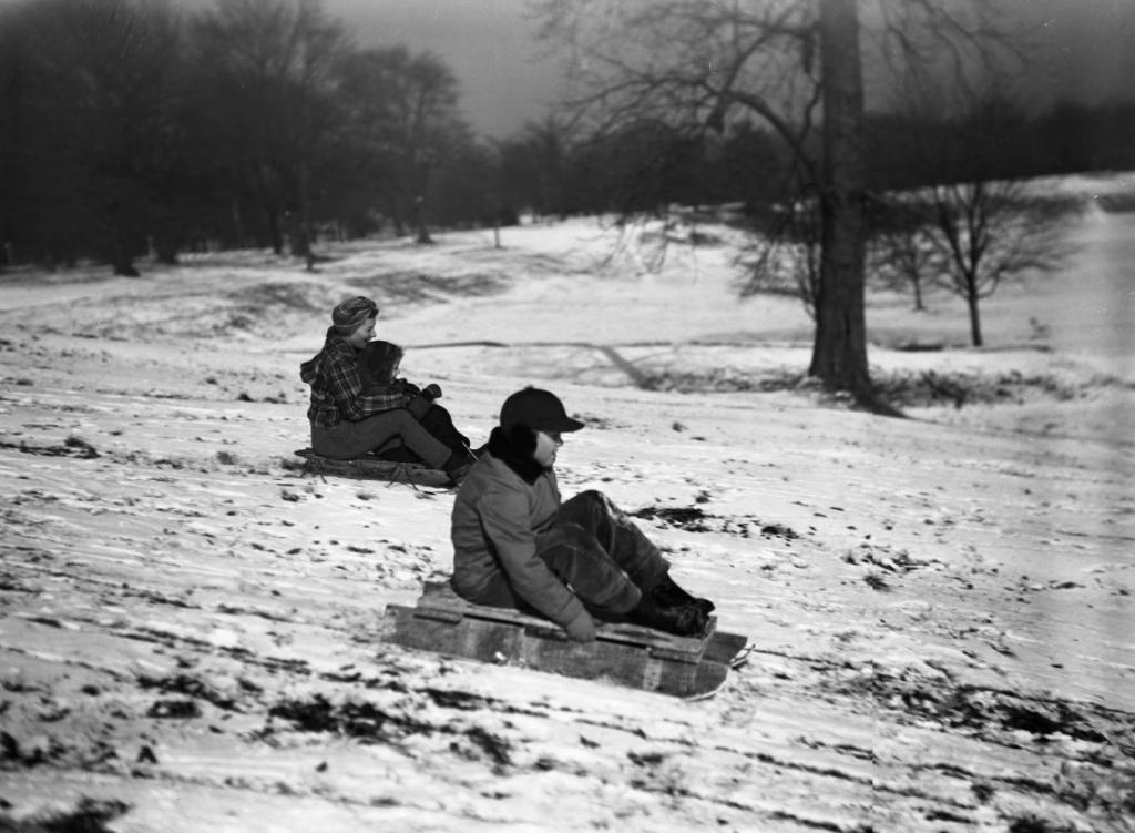 Sledders in Piedmont Park, 1940